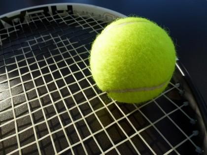 כדורי טניס – מאת סם גלמן